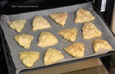 Πίτες φούρνου με εύκολο, αέρινο φύλλο (χωρίς πλάστη) (VIDEO) - cretangastronomy.gr Griddles, Griddle Pan, New Recipes, Muffin, Breakfast, Food, Morning Coffee, Grill Pan, Essen