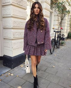 "77.7k Likes, 540 Comments - Negin Mirsalehi (@negin_mirsalehi) on Instagram: ""Embracing Fall with @philosophyofficial and @gisou_official. ⭐️"""