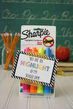 Highlighter Back to School Gift under $5 // Life Anchored #backtoschool