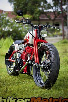 honda cb125 bobber - front | dariztdesign