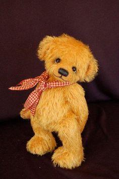 Max~~ By - Bonnie Foster www.kidsandteddytoo.com Teddy Beer, Boyds Bears, Cute Dolls, Puppets, Cuddling, Winnie The Pooh, Little Girls, Bunny, Hug