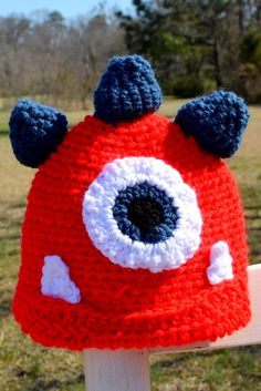 Crochet Monster Hat, Newborn Photo Prop, Crochet Baby Hat. $18.00, via Etsy.