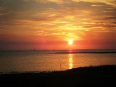 Sunset in Cedar Key Florida......home of Tony's award winning clam chowder!!!! Yummmm