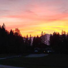 Magic moments! #sunset #tramonto #cieloinfuocato. #montagna #falchettolovers