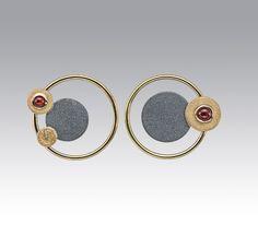 Janis Kerman Design | Oxidized sterling silver, 18kt yellow gold, carnelian