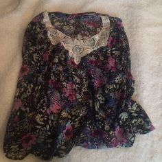 Sheer floral batwing blouse Sheer blouse with a batwing sleeve and beautiful lace detailing! Button on nape of neck on the back, super lightweight! Derek Heart Tops Blouses