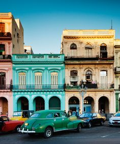 Best Airbnb Vacation Rentals In Cuba | A roundup of some of the best Airbnb rentals available in Cuba right now. #refinery29 http://www.refinery29.com/2016/04/108277/best-airbnb-rentals-cuba-2016