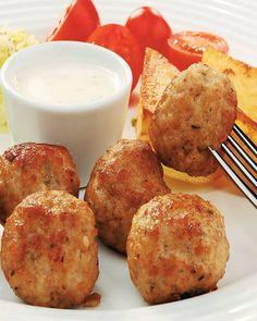 9 specialităţi din varză murată | Libertatea.ro Easter Egg Dye, Romanian Food, Tzatziki, Cabbage, Recipies, Deserts, Muffin, Food And Drink, Meals