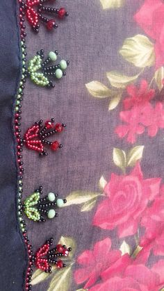 Saree Tassels Designs, Vintage Handkerchiefs, Beaded Jewelry Patterns, Bead Crochet, Blouse Designs, Diy And Crafts, Projects To Try, Brooch, Beads