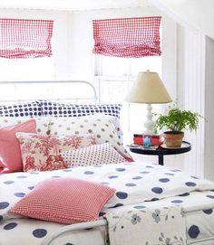 Cute cottage bedroom...