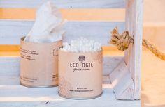 En Ecologic Cosmetics apostamos por un estilo de vida sostenible. Por eso, fabricamos nuestros packaging con elementos reciclados y reciclables. Nuestras cajas exteriores se pueden reutilizar como envases vintage para guardar discos de algodón u otros objetos. #ClimateFriendlyCosmetics #sostenibilidad #reciclable #vintage Coffee, Drinks, Upcycling, Sustainability, Upcycle, Objects, Crates, Life, Style