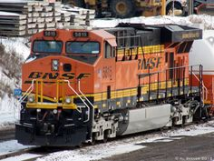 """BNSF #5815, a GE ES44AC, is a """"dual fuel"""" locomotive - able to use diesel or LNG. Photo by Al Seever."""
