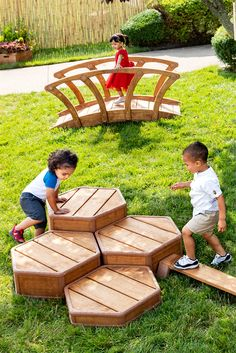 The Outlast toddler colleciton is a complete solution for active, explorative play in the toddler garden.