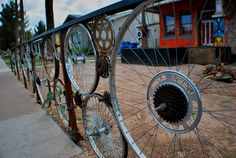 Fence made from bicycle parts.... not sure how I would incorporate this, but I like it!