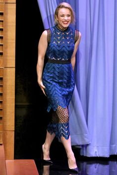 Rachel McAdams in another Self-Portrait dress perfect for her night with Jimmy Fallon | July 31, 2015