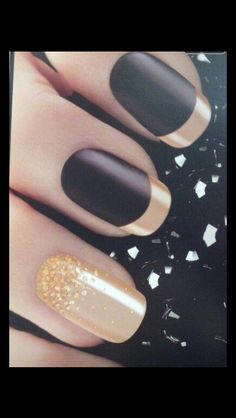I love the gold French tips.