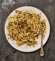 Salad, soup and pasta: Yotam Ottolenghi's parmesan recipes incl Zataar Cacio e Pepe, sprout salad Yotam Ottolenghi, Ottolenghi Recipes, Roasted Sprouts, Sprouts Salad, Baked Beans On Toast, Ramen, Parmesan Recipes, Savoury Recipes, Bean Recipes