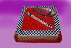 Lynet mc queen er storkjendis på kakebordet i både gutte og jente bursdag.  Kan lages både som sjokoladekake og marsipanbløtkake. Ta kontakt for mer info på post@bellakaker.no eller ta en titt på websiden min www.bellakaker.no