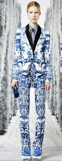 Delft Blue Suit....Fancy!