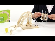 Hydraulic Robotic arm - Marbles: The Brain Store