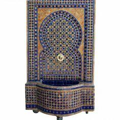 Dieser in harmonischen Farben abgestimmte Mosaik Brunnen aus Marokko verleiht Ihrem Wohnraum eine ganz besondere Exklusivität. In marokkanischer Handarbeit gefertigt, überzeugt ein Mosaikbrunnen sowohl durch atemberaubende Optik als auch durch hohe Qualität.