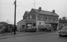 Old Pictures, Old Photos, Old Irish, Dublin, Ireland, Street View, Places, Volkswagen, Memories