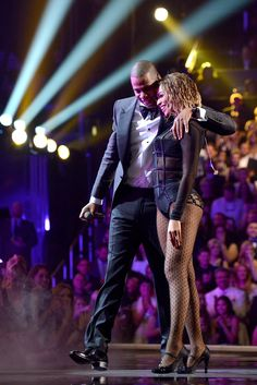 This picture of Beyoncé and Jay Z may just be the best photo from the Grammys!
