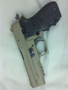 Sig Sauer P226, 9mm and you want the SRT trigger. URL updated. Find our speedloader now! http://www.amazon.com/shops/raeind
