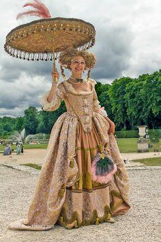 création d'Irène Marone, vue à la journée grand siècle de Vaux le vicomte le 21 juin 2015