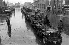 a few Wet Jeeps and men.
