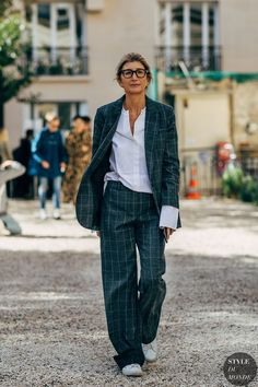 Street Style: 9 Looks - Street Fashion Trends and Beauty Tips Street Style 2018, Looks Street Style, Street Style Trends, Looks Style, Street Chic, Street Snap, Paris Street, Street Look, Moda Zendaya