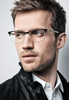 - Men are always concerned about their comfort apart from style and fashion when it comes to their eyeglasses. The durability and the fit of the glasses. Hairstyles With Glasses, Cool Hairstyles For Men, Haircuts For Men, Men's Hairstyles, Mens Frames, Mens Glasses Frames, Glasses For Your Face Shape, Men With Glasses, Glasses Man