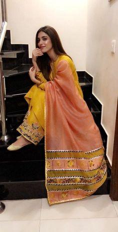 Pakistani Fashion Party Wear, Pakistani Fashion Casual, Pakistani Dresses Casual, Indian Fashion Dresses, Pakistani Dress Design, Indian Designer Outfits, Fancy Dress Design, Stylish Dress Designs, Designer Party Wear Dresses
