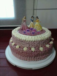 Pastel cumpleaños Princesas (Laura)