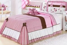 divino Bed Cover Design, Designer Bed Sheets, E Room, Bedclothes, Bed Styling, Sofa Pillows, Beautiful Bedrooms, Bed Covers, Soft Furnishings
