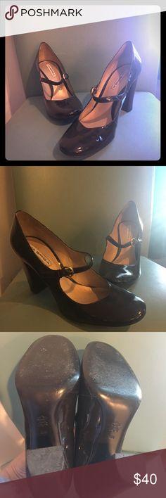 Via Spiga brown Maryjane heels Brown patent leather with chunky heel Via Spiga Shoes Heels