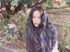 Krystal uploaded by tomatoro on We Heart It Krystal Fx, Jessica & Krystal, Jessica Jung, Krystal Jung Fashion, Romantic Night, Idol, Korean Artist, Woman Crush, Gossip Girl