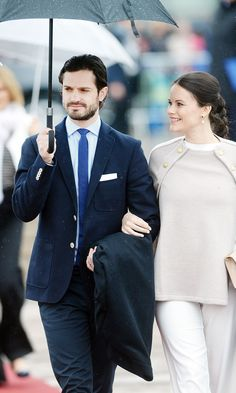 http://people.com/royals/royal-baby-bump-debut-princess-sofia-dazzles-with-prince-carl-philip-by-her-side/