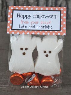 Happy Halloween Peeps - Cute, cute and so easy!  Marshmallow ghost peeps and Hershey Kisses!