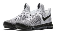 Im in sneaker love. another oreo-inspired nike kd 9 is releasing Kd Shoes, Nike Free Shoes, Nike Shoes Outlet, Running Shoes Nike, Footwear Shoes, Nike Free Runners, Nike Basketball Shoes, Sports Shoes, Volleyball Shoes