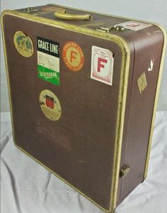 Awesome old trunk.  Try getting thay through the airport.