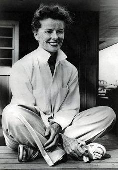 photo noir et blanc : Katherine Hepburn, actrice de cinéma US