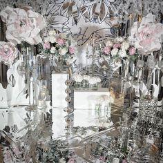 Одна из последних наших свадеб- зеркальное преломление, где Цветы стали…