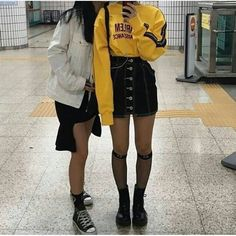 Great New Korean Women's fashion clothing Hacks 6915365133 Grunge Outfits, Grunge Fashion, Curvy Fashion, Urban Fashion, Fashion Edgy, Fashion Boots, Fashion Outfits, Womens Fashion, Fashion Trends