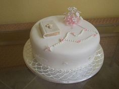 First communion for a 9 yr girl. Decorated in fondant,… First communion for a 9 yr girl. Decorated in fondant,… Comunion Cakes, Bible Cake, First Holy Communion Cake, Religious Cakes, Confirmation Cakes, Baptism Cakes, Communion Dresses, Girl Cakes, Pancakes
