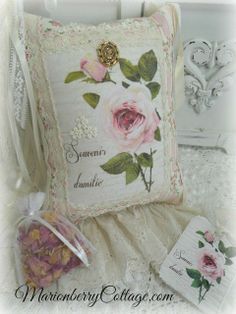 KEEPSAKE Gift Pillow w/matching tag and sachet  French Friendship