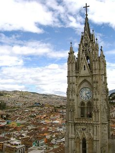Quito skyline, with basilica in foreground, Ecuador (by aether8m).