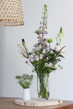 Blue - purple and white bouquet by Judith Slagter // judithslagter. Pink And White Flowers, Little Flowers, Pink White, Flowers In Jars, Beautiful Flowers, Wild Flowers, Greenery Centerpiece, Green Plants, Flower Fashion
