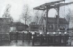 Oudste brug van de Zuid Willemsvaart Half twaalf circa 1900,verplaatst naar Helenaveen begin jaren 80.