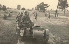 BMW R11 Bmw, Ww2 Photos, Military Photos, German Army, Motorcycle Bike, Panzer, Historical Photos, World War Ii, Wwii